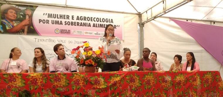 Seminário sobre políticas públicas reúne 200 mulheres