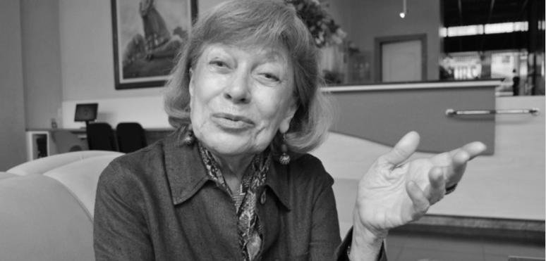 Educadora Regina Leite Garcia falece aos 86 anos no RJ