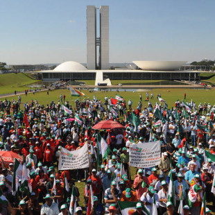 Grito da Terra em Brasília. (Foto: Radar Sindical/Reprod.)