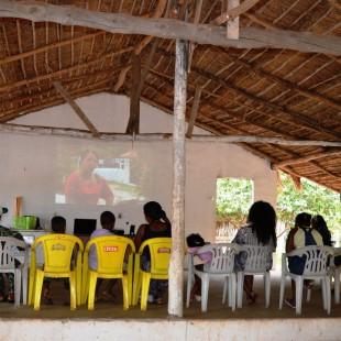 Francileia apresentou o mini-documentário 'Diz aí juventude rural – Identidade'. Foto: Andrés Pasquis/Gias