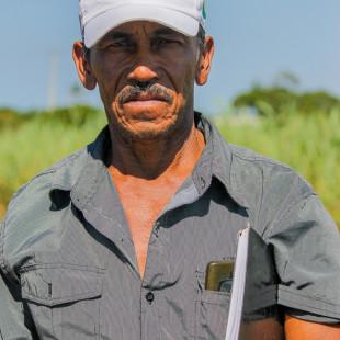 José Costa, pescador e presidente da Associação de Pescadores de Degredo. (Foto: Flavia Bernardes / FASE)